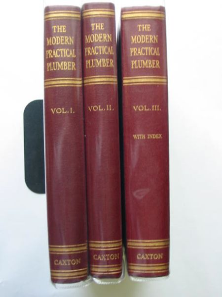 Photo of THE MODERN PRACTICAL PLUMBER written by Martin, A.C.<br />Rayner, L.C.C. published by The Caxton Publishing Company Ltd. (STOCK CODE: 683499)  for sale by Stella & Rose's Books