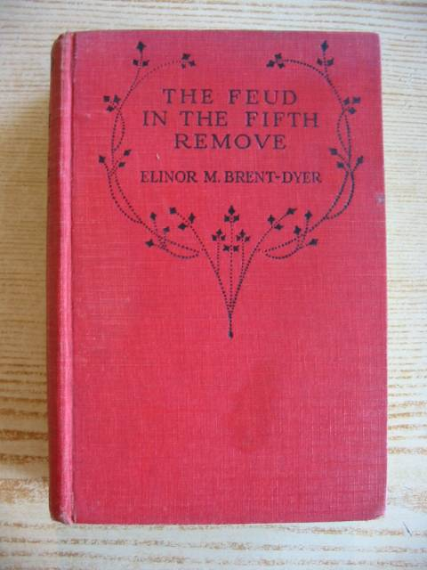 Photo of THE FEUD IN THE FIFTH REMOVE written by Brent-Dyer, Elinor M. illustrated by Silas, Ellis published by R.T.S., Girl's Own Paper (STOCK CODE: 731272)  for sale by Stella & Rose's Books
