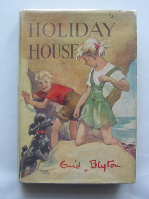 Photo of HOLIDAY HOUSE written by Blyton, Enid illustrated by Lodge, Grace published by Evans Brothers Limited (STOCK CODE: 810003)  for sale by Stella & Rose's Books