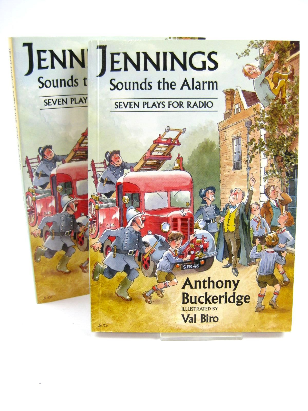 Cover of JENNINGS SOUNDS THE ALARM by Anthony Buckeridge