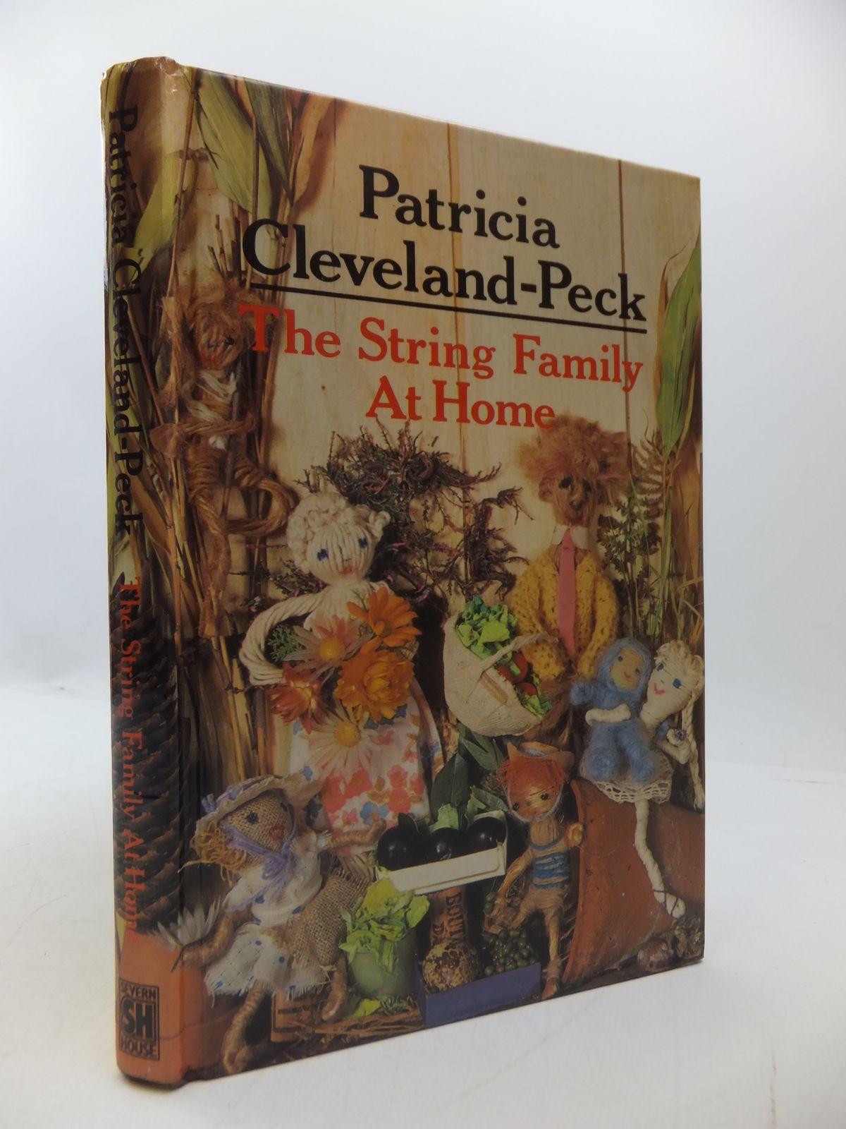 Photo of THE STRING FAMILY AT HOME written by Cleveland-Peck, Patricia illustrated by Sinclair, Jacqueline published by Severn House (STOCK CODE: 1108496)  for sale by Stella & Rose's Books