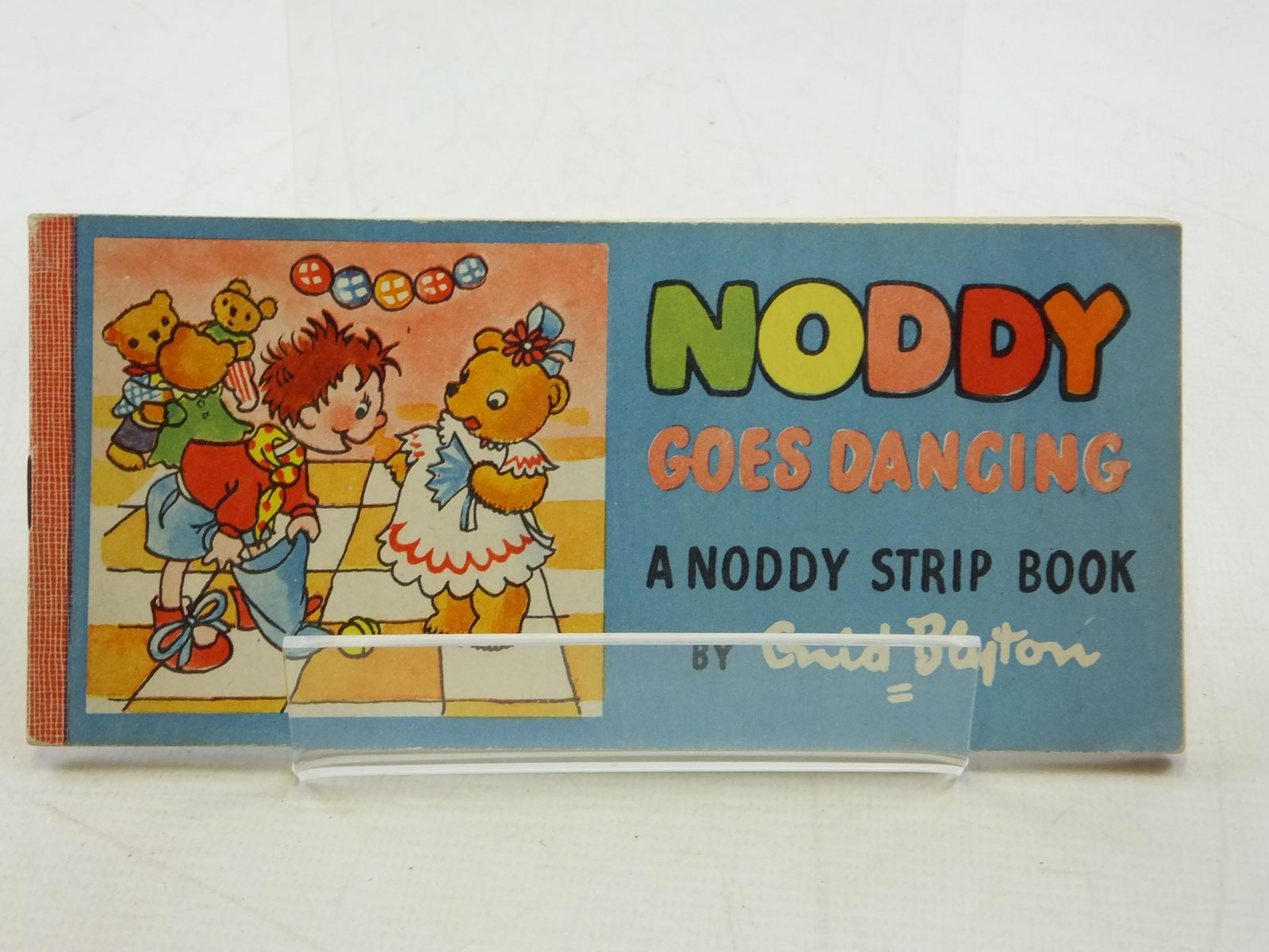 Photo of NODDY GOES DANCING- Stock Number: 1109081