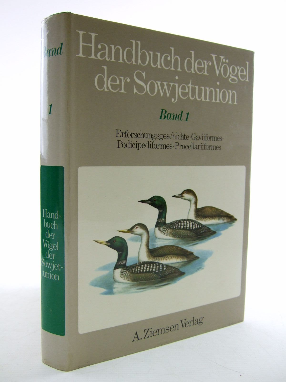 Photo of HANDBUCH DER VOGEL DER SOWJETUNION BAND 1- Stock Number: 1206636