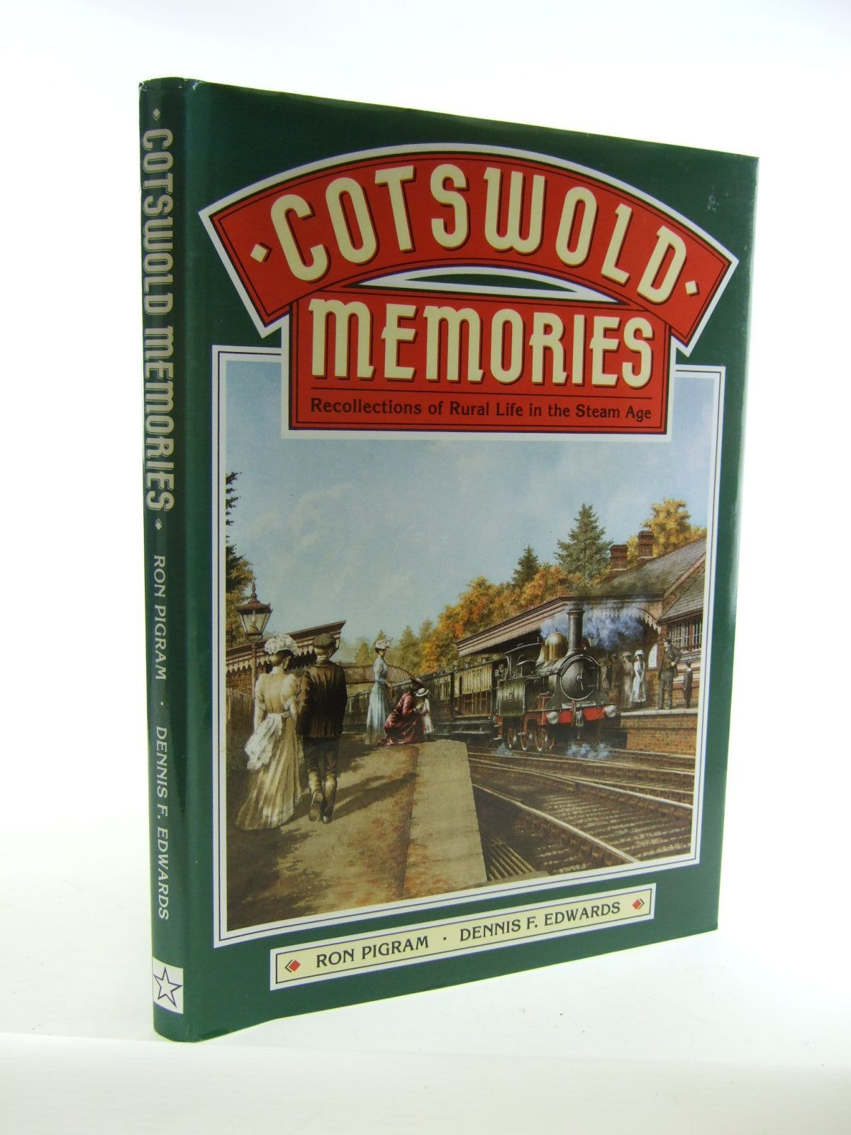 Photo of COTSWOLD MEMORIES written by Pigram, Ron<br />Edwards, Dennis F. published by Silver Star Books (STOCK CODE: 1207159)  for sale by Stella & Rose's Books