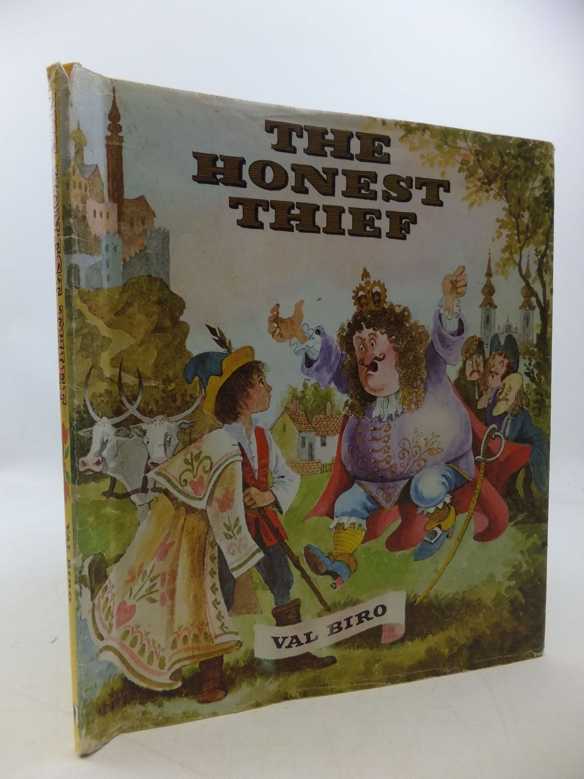 Photo of THE HONEST THIEF written by Biro, Val illustrated by Biro, Val published by Brockhampton Press (STOCK CODE: 1207830)  for sale by Stella & Rose's Books