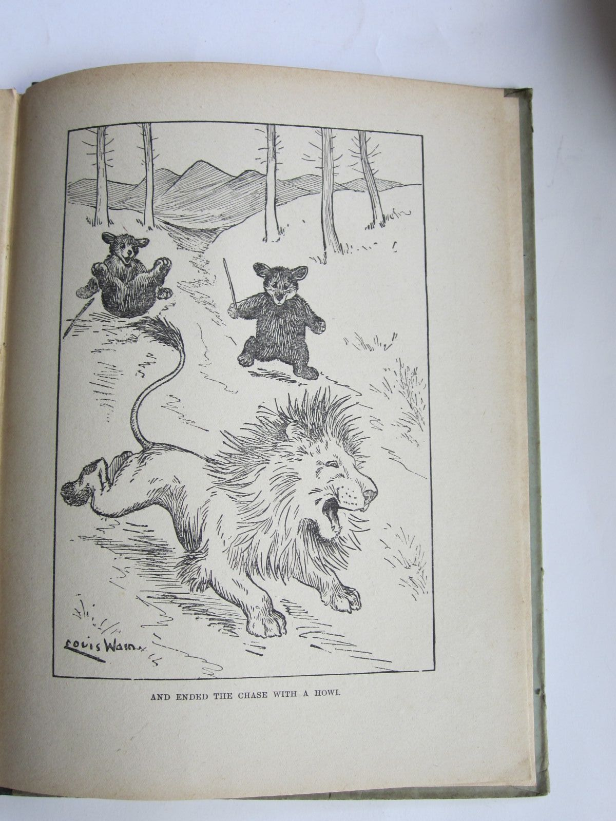 Photo of LOUIS WAIN'S FATHER CHRISTMAS illustrated by Wain, Louis published by John F. Shaw & Co Ltd. (STOCK CODE: 1309075)  for sale by Stella & Rose's Books