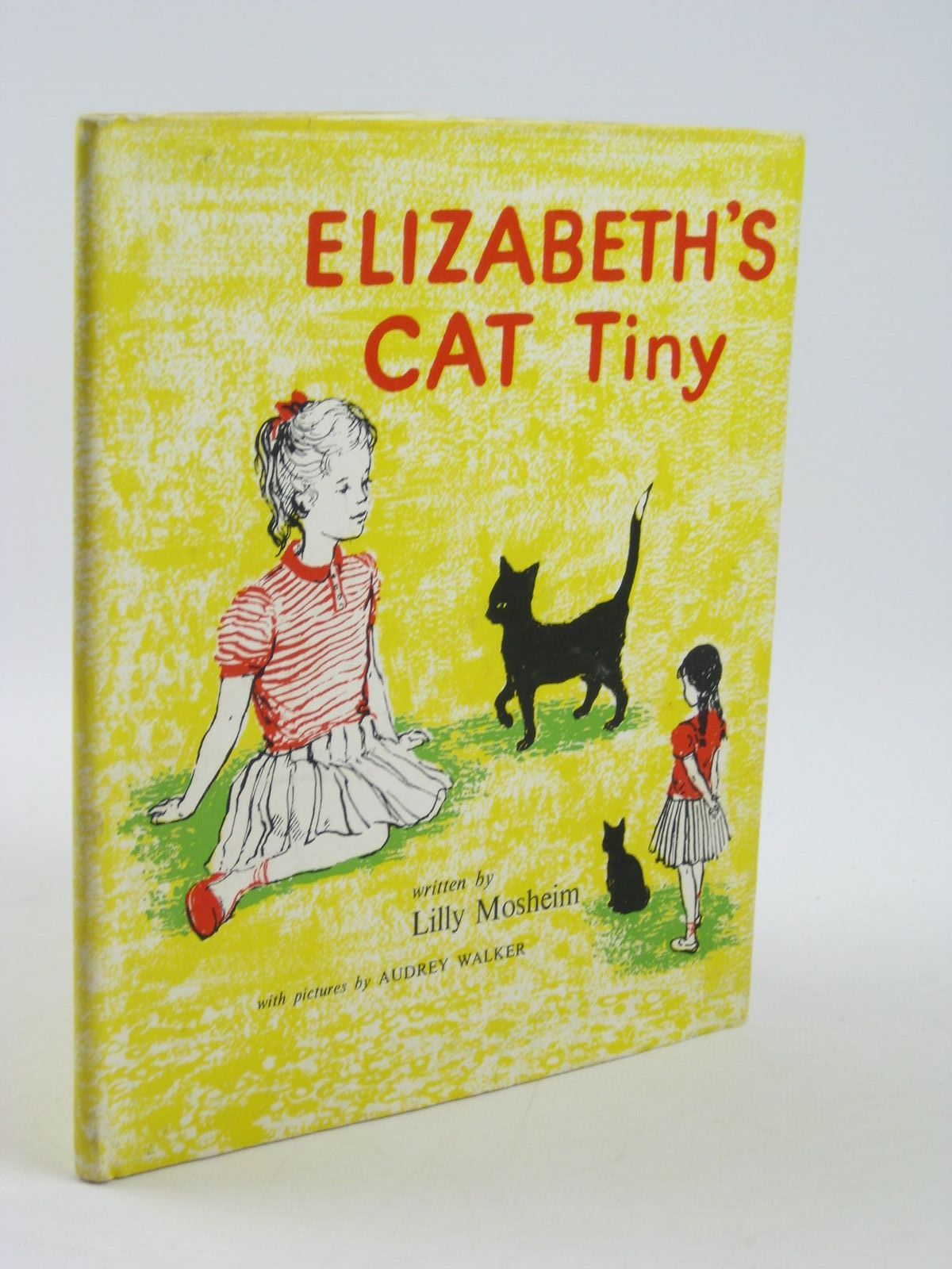 Photo of ELIZABETH'S CAT TINY written by Mosheim, Lilly illustrated by Walker, Audrey published by Constable Young Books Ltd. (STOCK CODE: 1311139)  for sale by Stella & Rose's Books