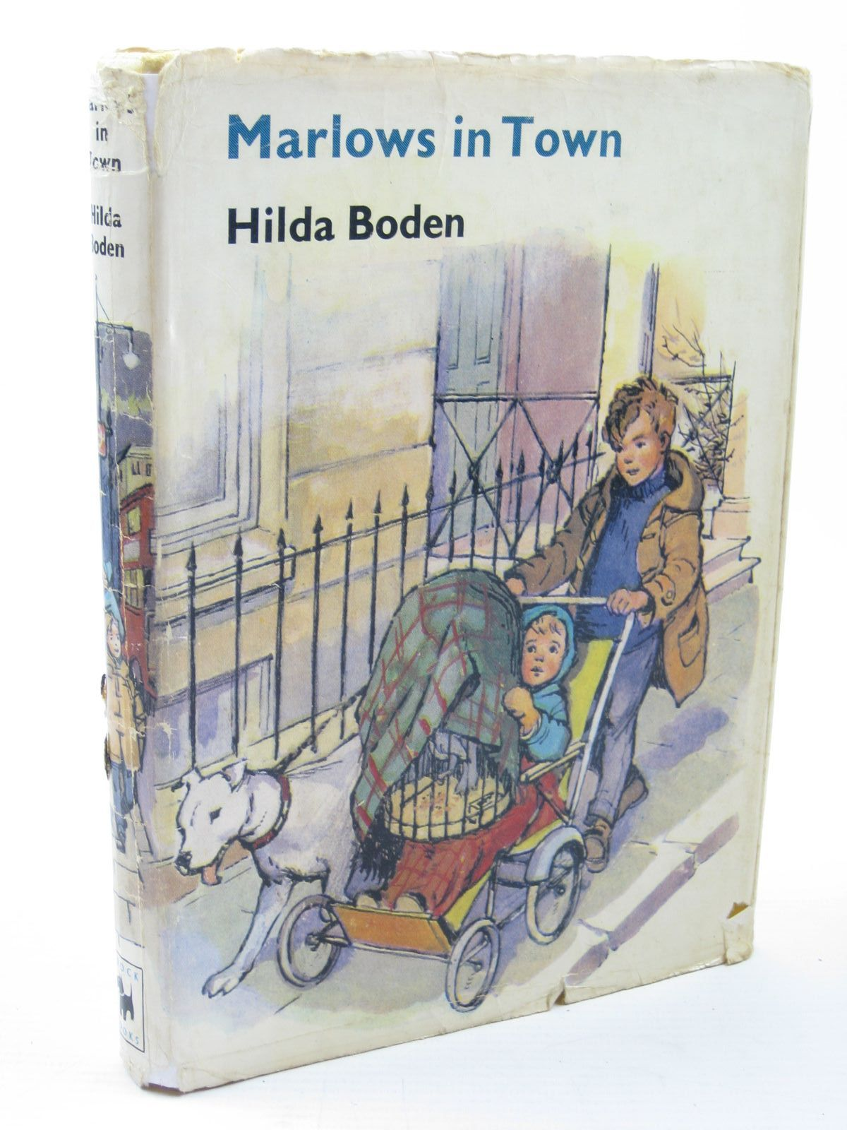 Photo of MARLOWS IN TOWN written by Boden, Hilda illustrated by Buchanan, Lilian published by Brockhampton Press Ltd. (STOCK CODE: 1312044)  for sale by Stella & Rose's Books