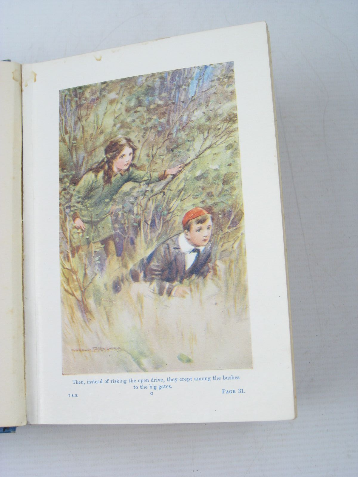 Photo of THE TUCK-SHOP GIRL written by Oxenham, Elsie J. illustrated by Earnshaw, Harold C. published by W. & R. Chambers Limited (STOCK CODE: 1313344)  for sale by Stella & Rose's Books