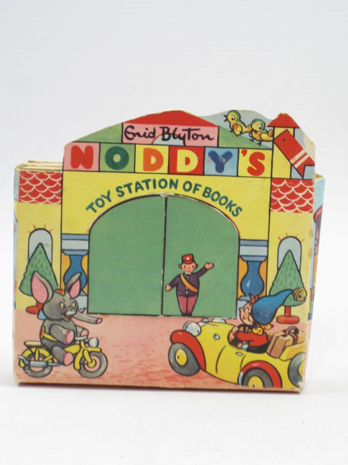 Photo of NODDY'S TOY STATION OF BOOKS- Stock Number: 1314492
