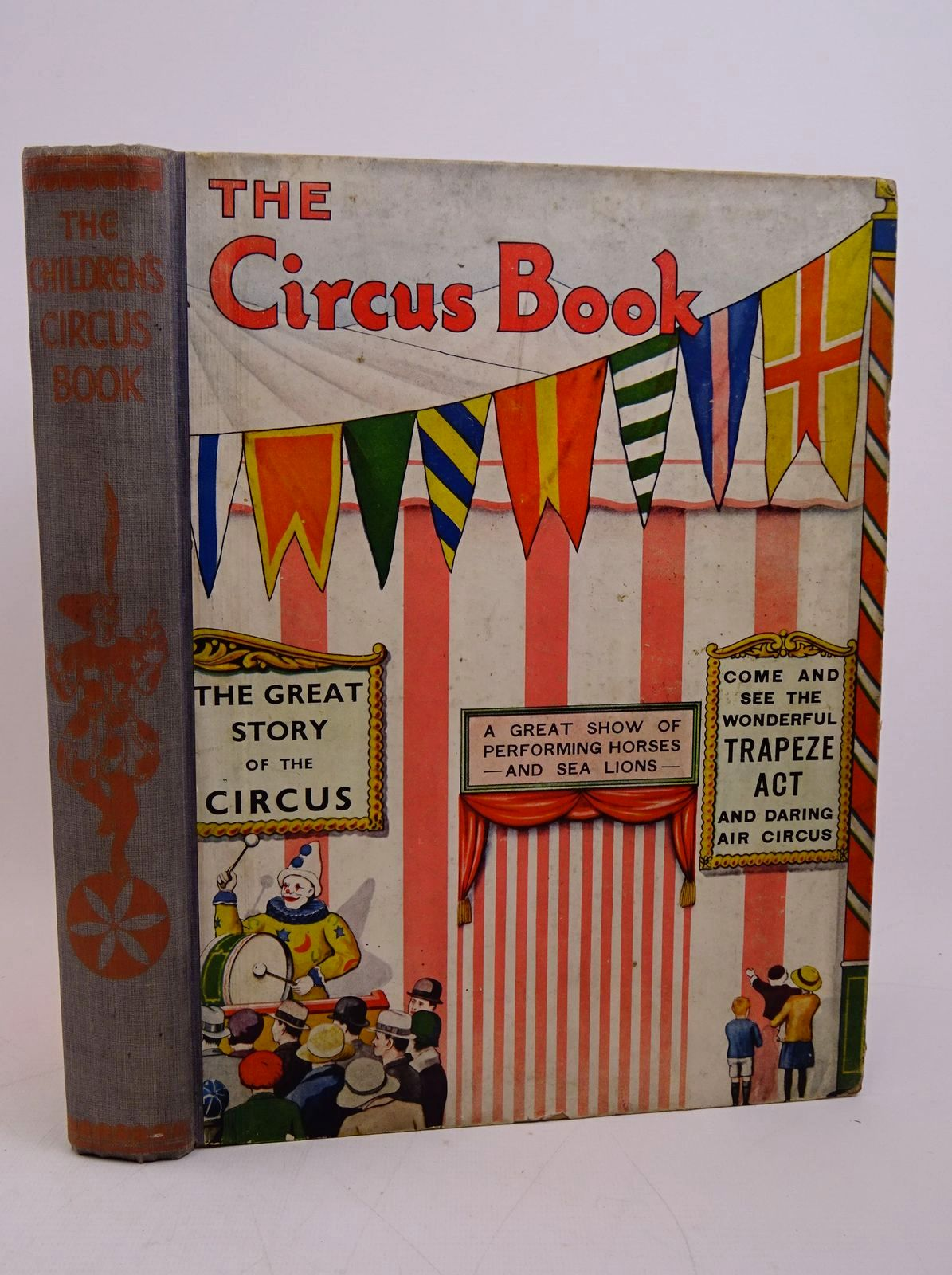 Photo of THE CHILDREN'S CIRCUS BOOK written by Brent-Dyer, Elinor M. Harding, Robert et al,  illustrated by Mayo, Eileen Payne, Wyndham published by Associated Newspapers Ltd. (STOCK CODE: 1317854)  for sale by Stella & Rose's Books