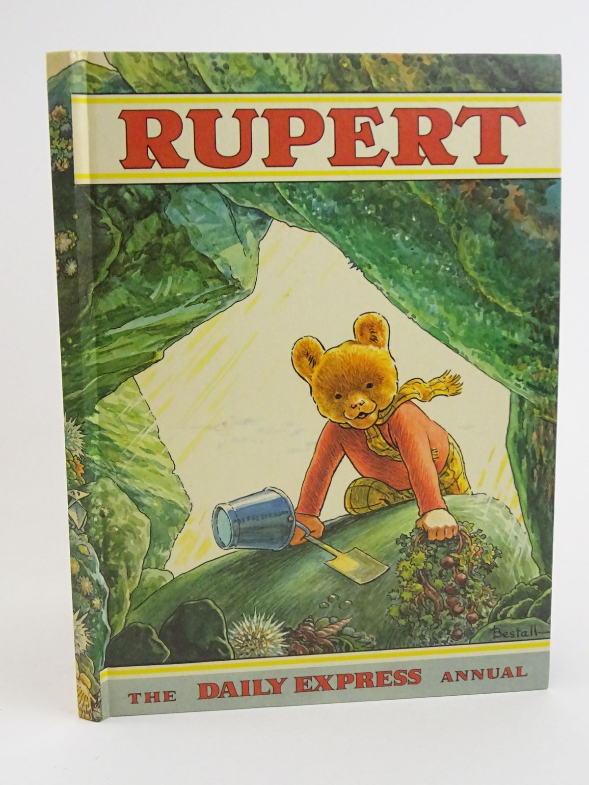Photo of RUPERT ANNUAL 1971 written by Bestall, Alfred illustrated by Bestall, Alfred published by Daily Express (STOCK CODE: 1318061)  for sale by Stella & Rose's Books