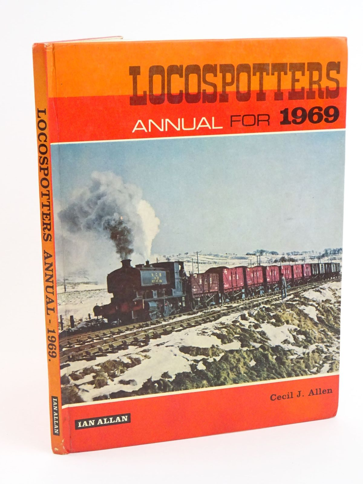 Photo of LOCOSPOTTERS ANNUAL 1969- Stock Number: 1318075