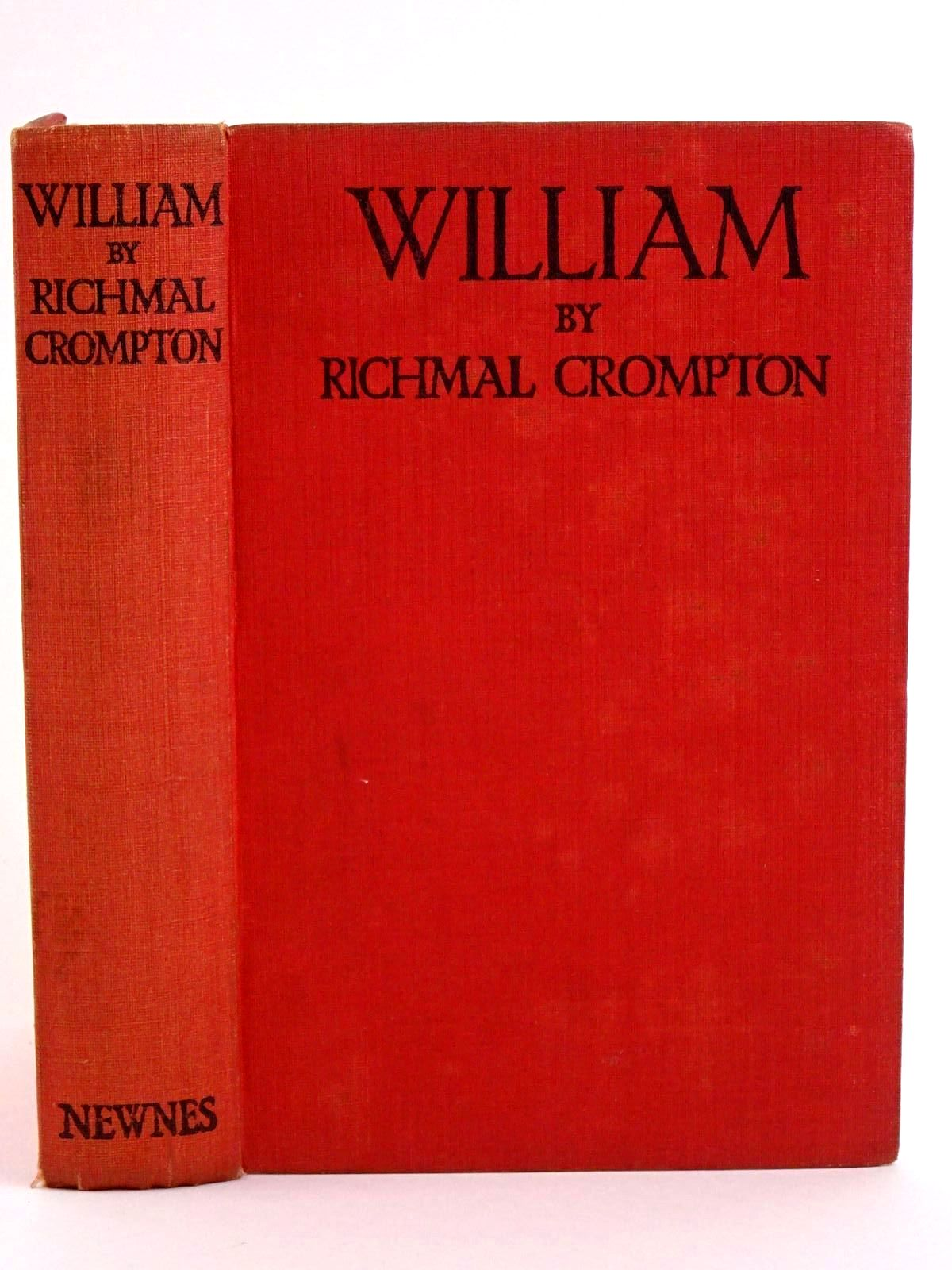 Photo of WILLIAM written by Crompton, Richmal illustrated by Henry, Thomas published by George Newnes Limited (STOCK CODE: 1318094)  for sale by Stella & Rose's Books