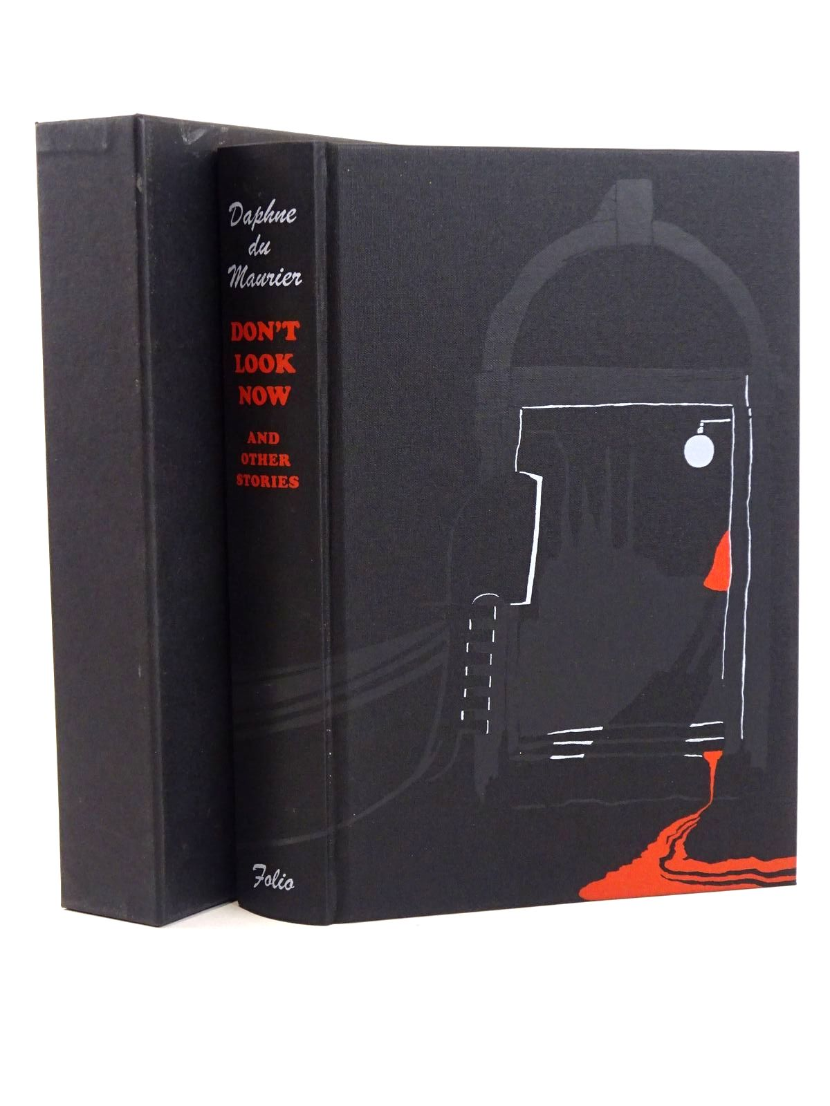Photo of DON'T LOOK NOW AND OTHER STORIES written by Du Maurier, Daphne illustrated by Smithson, Helen published by Folio Society (STOCK CODE: 1318363)  for sale by Stella & Rose's Books