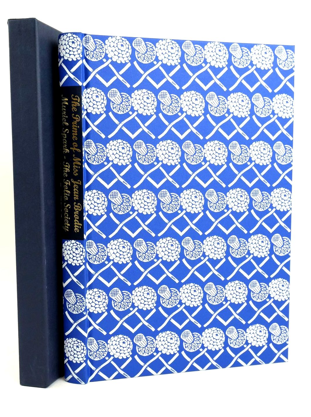 Photo of THE PRIME OF MISS JEAN BRODIE written by Spark, Muriel illustrated by Cook, Beryl published by Folio Society (STOCK CODE: 1318716)  for sale by Stella & Rose's Books