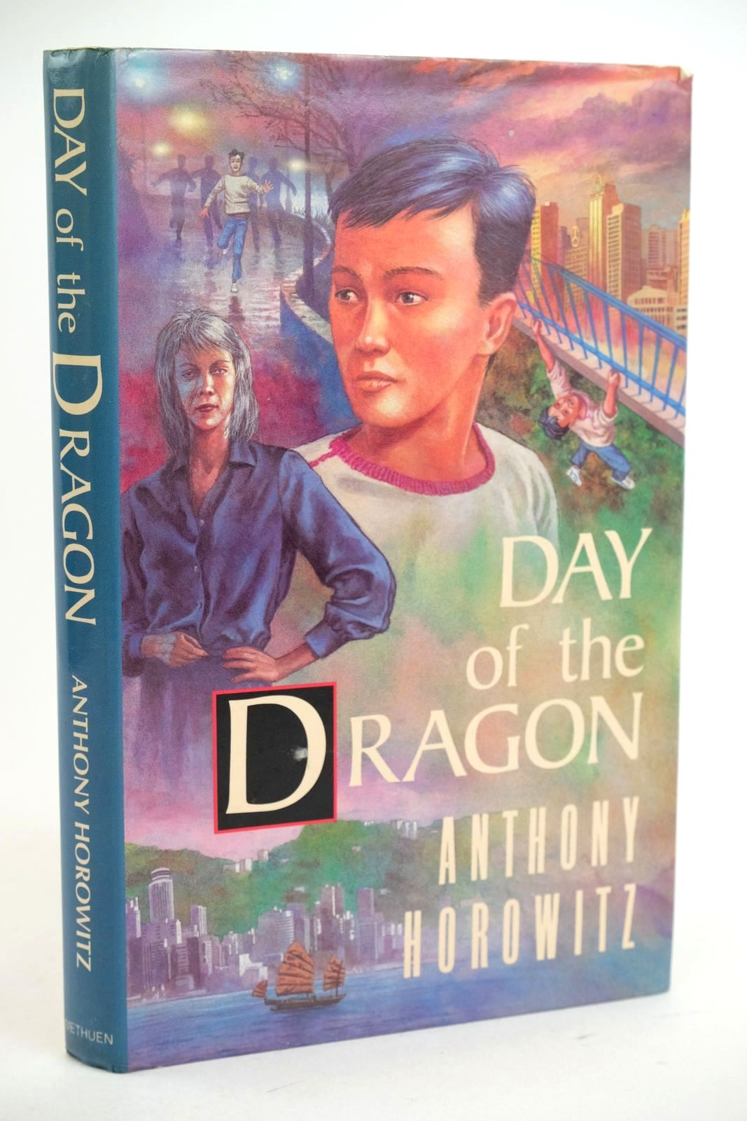 Photo of DAY OF THE DRAGON written by Horowitz, Anthony published by Methuen Children's Books (STOCK CODE: 1318960)  for sale by Stella & Rose's Books