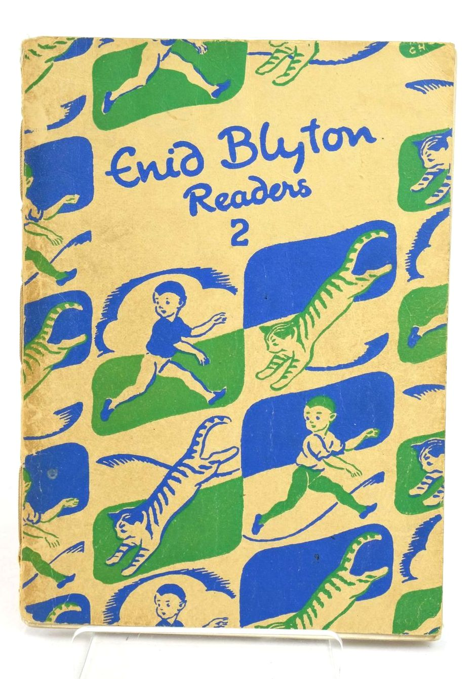 Photo of ENID BLYTON READERS 2 written by Blyton, Enid illustrated by Soper, Eileen published by Macmillan & Co. Ltd. (STOCK CODE: 1318986)  for sale by Stella & Rose's Books