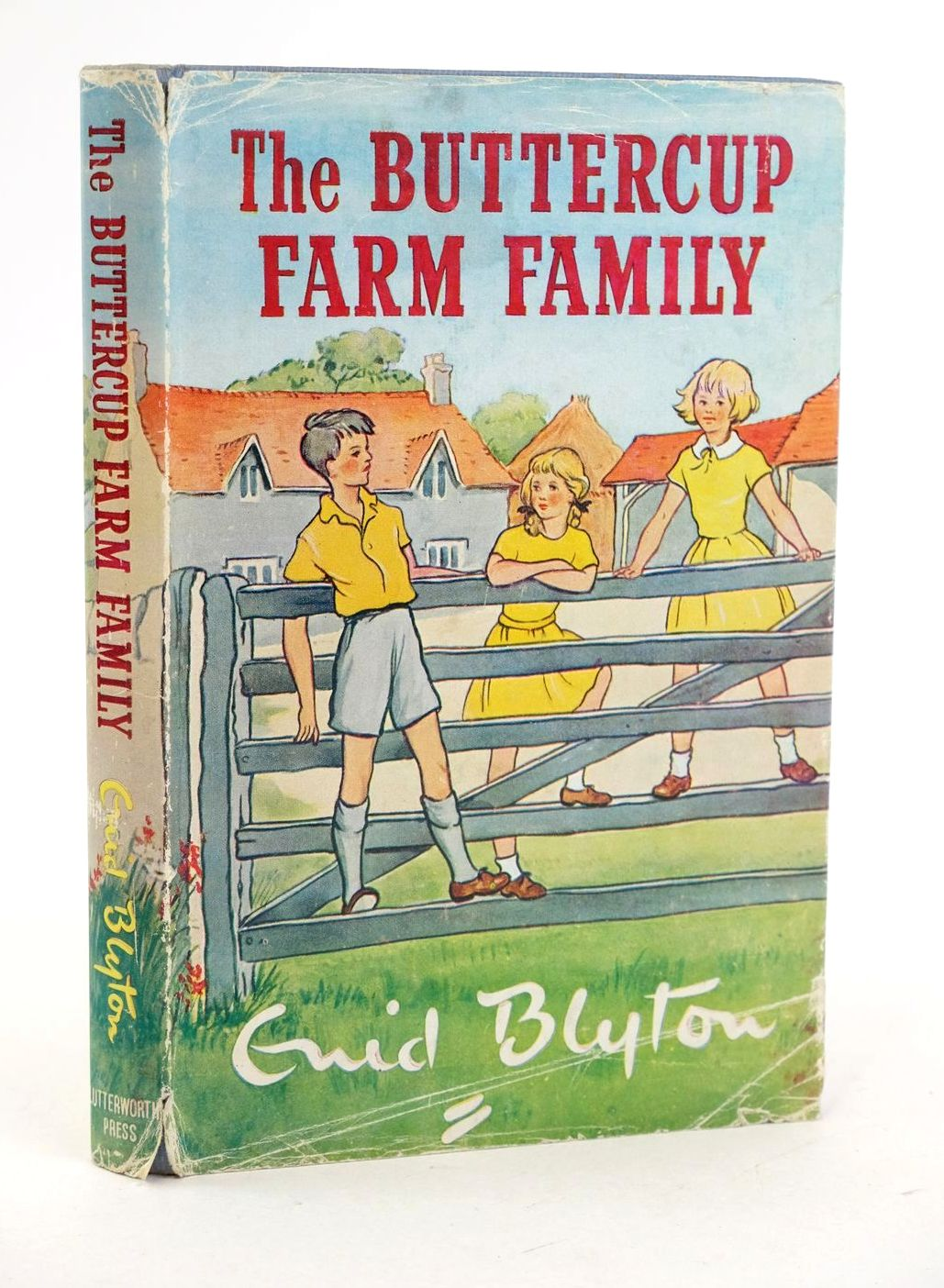 Photo of THE BUTTERCUP FARM FAMILY written by Blyton, Enid illustrated by Gervis, Ruth published by Lutterworth Press (STOCK CODE: 1319085)  for sale by Stella & Rose's Books