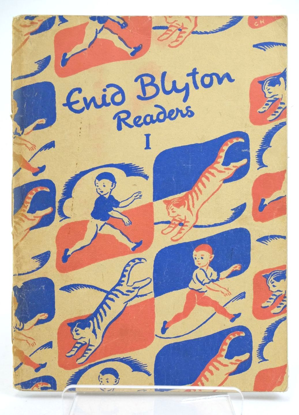 Photo of ENID BLYTON READERS 1 written by Blyton, Enid illustrated by Soper, Eileen published by Macmillan & Co. Ltd. (STOCK CODE: 1319086)  for sale by Stella & Rose's Books