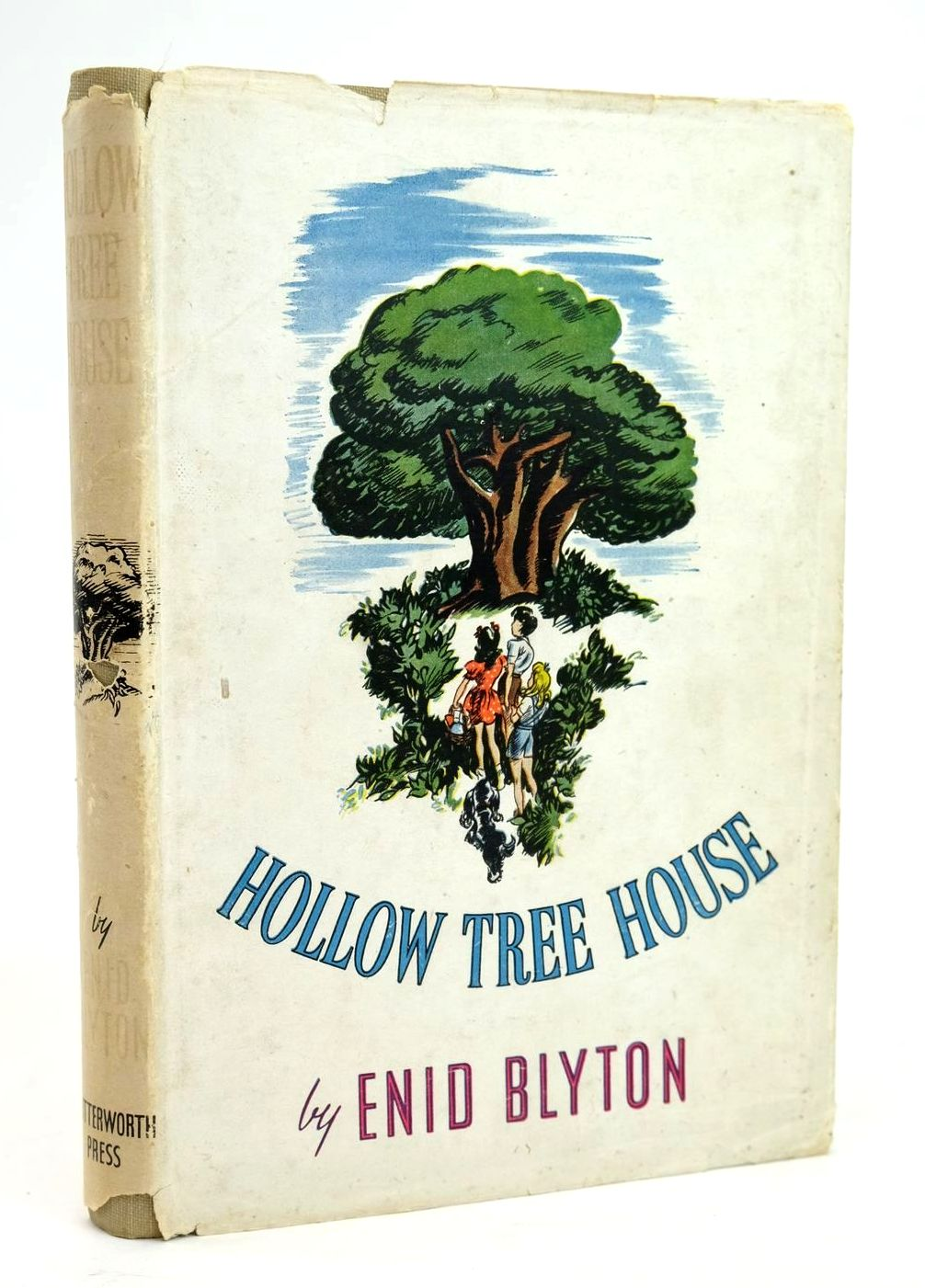 Photo of HOLLOW TREE HOUSE- Stock Number: 1319456