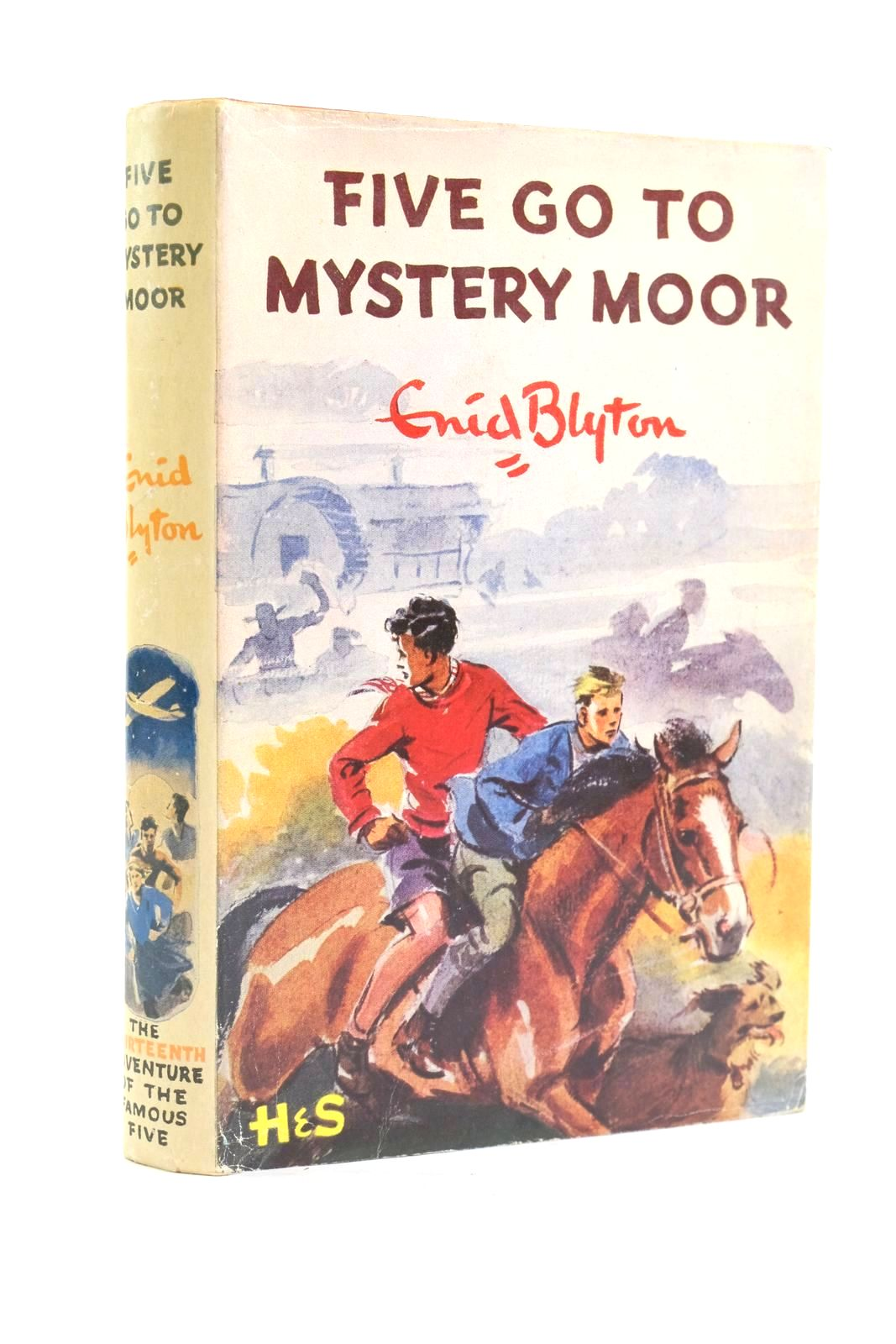 Photo of FIVE GO TO MYSTERY MOOR written by Blyton, Enid illustrated by Soper, Eileen published by Hodder & Stoughton (STOCK CODE: 1319944)  for sale by Stella & Rose's Books