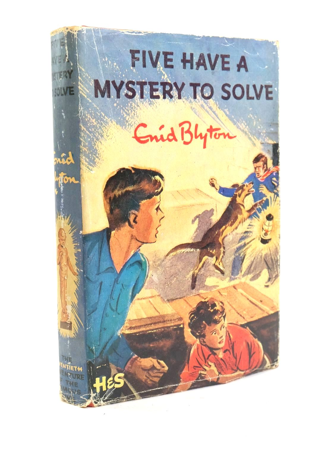 Photo of FIVE HAVE A MYSTERY TO SOLVE written by Blyton, Enid illustrated by Soper, Eileen published by Hodder & Stoughton (STOCK CODE: 1319951)  for sale by Stella & Rose's Books