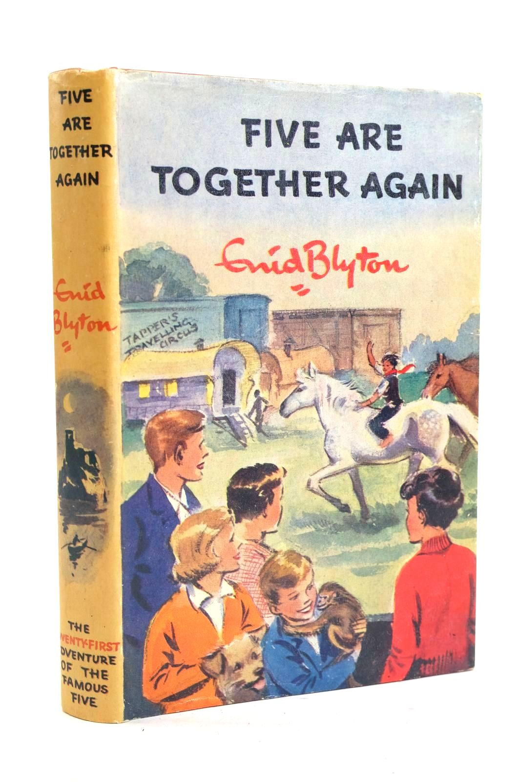 Photo of FIVE ARE TOGETHER AGAIN written by Blyton, Enid illustrated by Soper, Eileen published by Hodder & Stoughton (STOCK CODE: 1319954)  for sale by Stella & Rose's Books