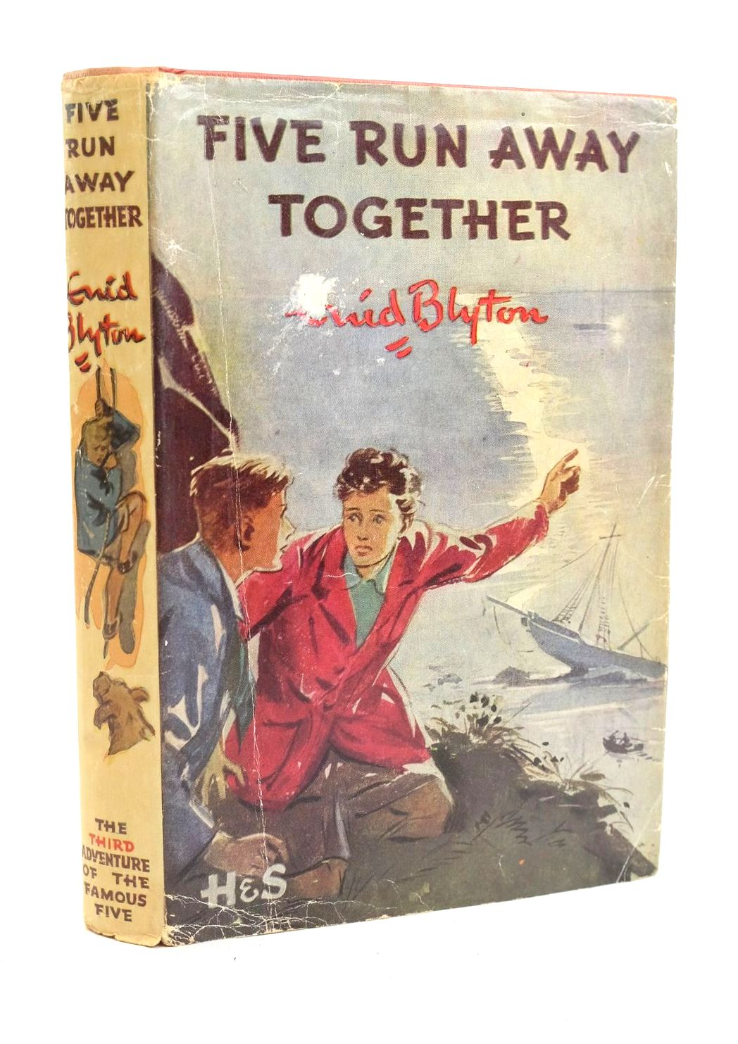 Photo of FIVE RUN AWAY TOGETHER written by Blyton, Enid illustrated by Soper, Eileen published by Hodder & Stoughton (STOCK CODE: 1319956)  for sale by Stella & Rose's Books