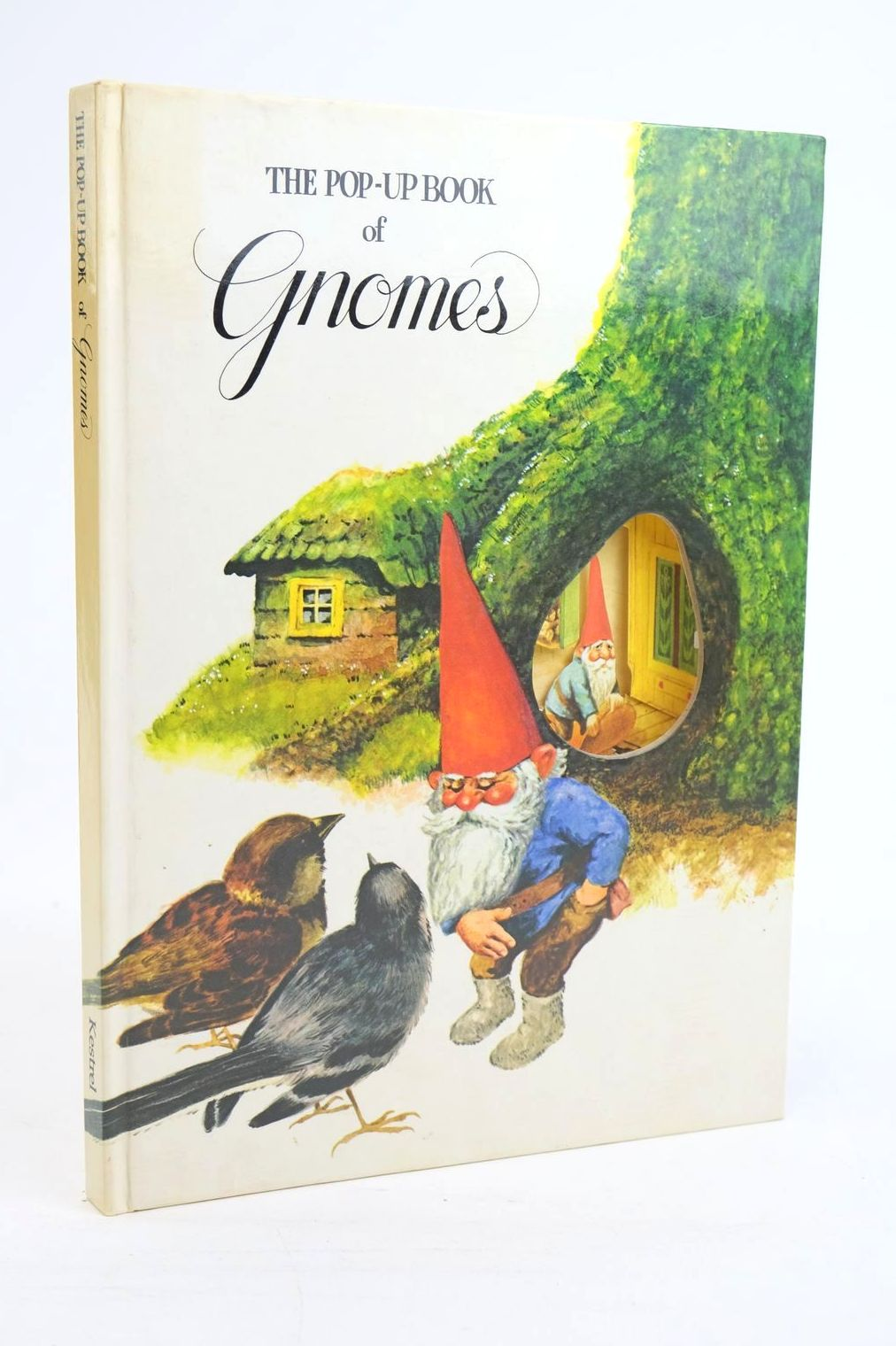 Photo of THE POP-UP BOOK OF GNOMES- Stock Number: 1319991