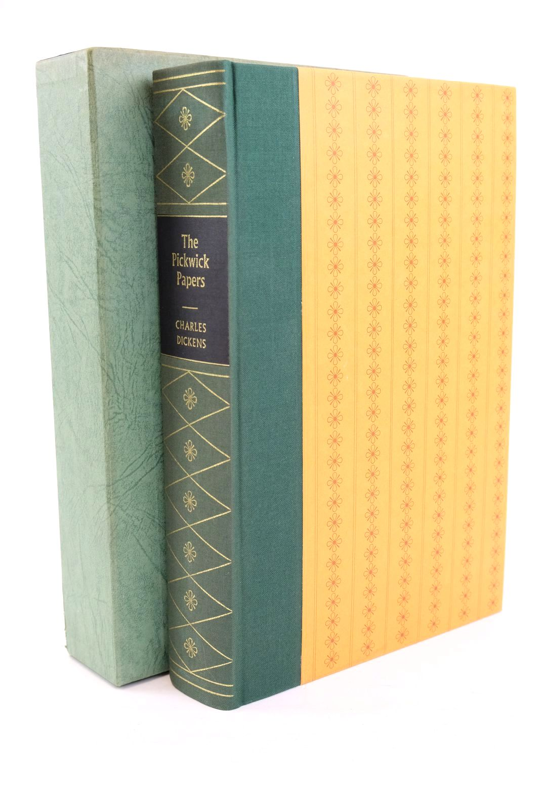 Photo of THE POSTHUMOUS PAPERS OF THE PICKWICK CLUB written by Dickens, Charles illustrated by Keeping, Charles published by Folio Society (STOCK CODE: 1320145)  for sale by Stella & Rose's Books
