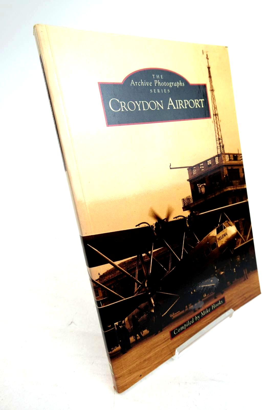 Photo of CROYDON AIRPORT written by Hooks, Mike published by Tempus Publishing Ltd (STOCK CODE: 1320280)  for sale by Stella & Rose's Books