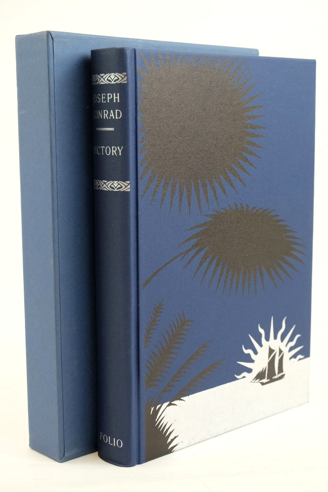 Photo of VICTORY AN ISLAND TALE written by Conrad, Joseph Bron, Eleanor illustrated by Mosley, Francis published by Folio Society (STOCK CODE: 1320395)  for sale by Stella & Rose's Books
