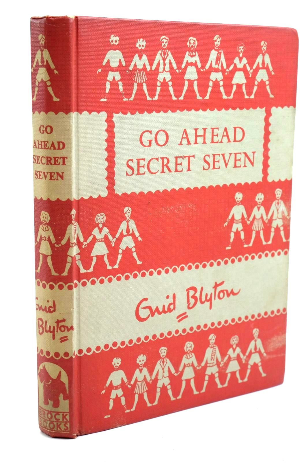 Photo of GO AHEAD SECRET SEVEN written by Blyton, Enid illustrated by Kay, Bruno published by Brockhampton Press Ltd. (STOCK CODE: 1320721)  for sale by Stella & Rose's Books