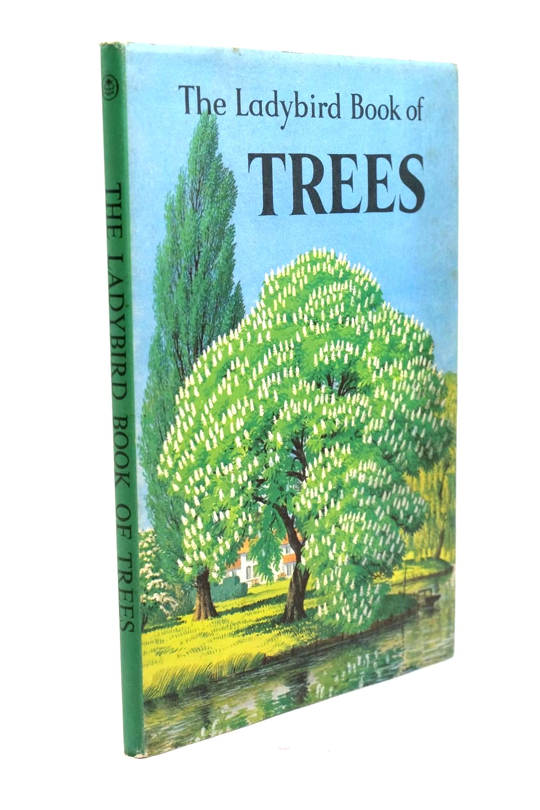 Photo of THE LADYBIRD BOOK OF TREES written by Vesey-Fitzgerald, Brian illustrated by Badmin, S.R. published by Wills & Hepworth Ltd. (STOCK CODE: 1321321)  for sale by Stella & Rose's Books
