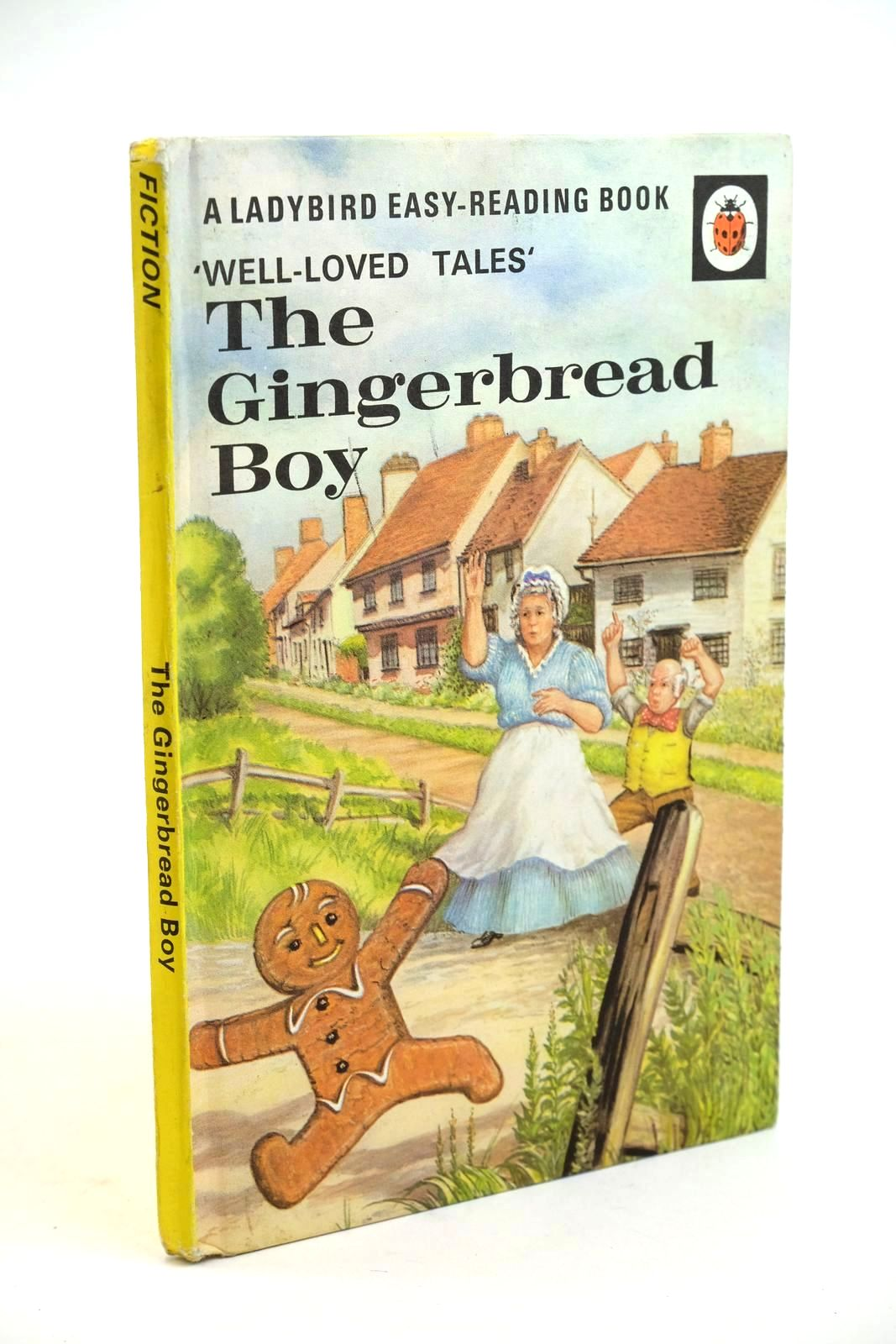 Photo of THE GINGERBREAD BOY written by Southgate, Vera illustrated by Lumley, Robert published by Wills & Hepworth Ltd. (STOCK CODE: 1321456)  for sale by Stella & Rose's Books