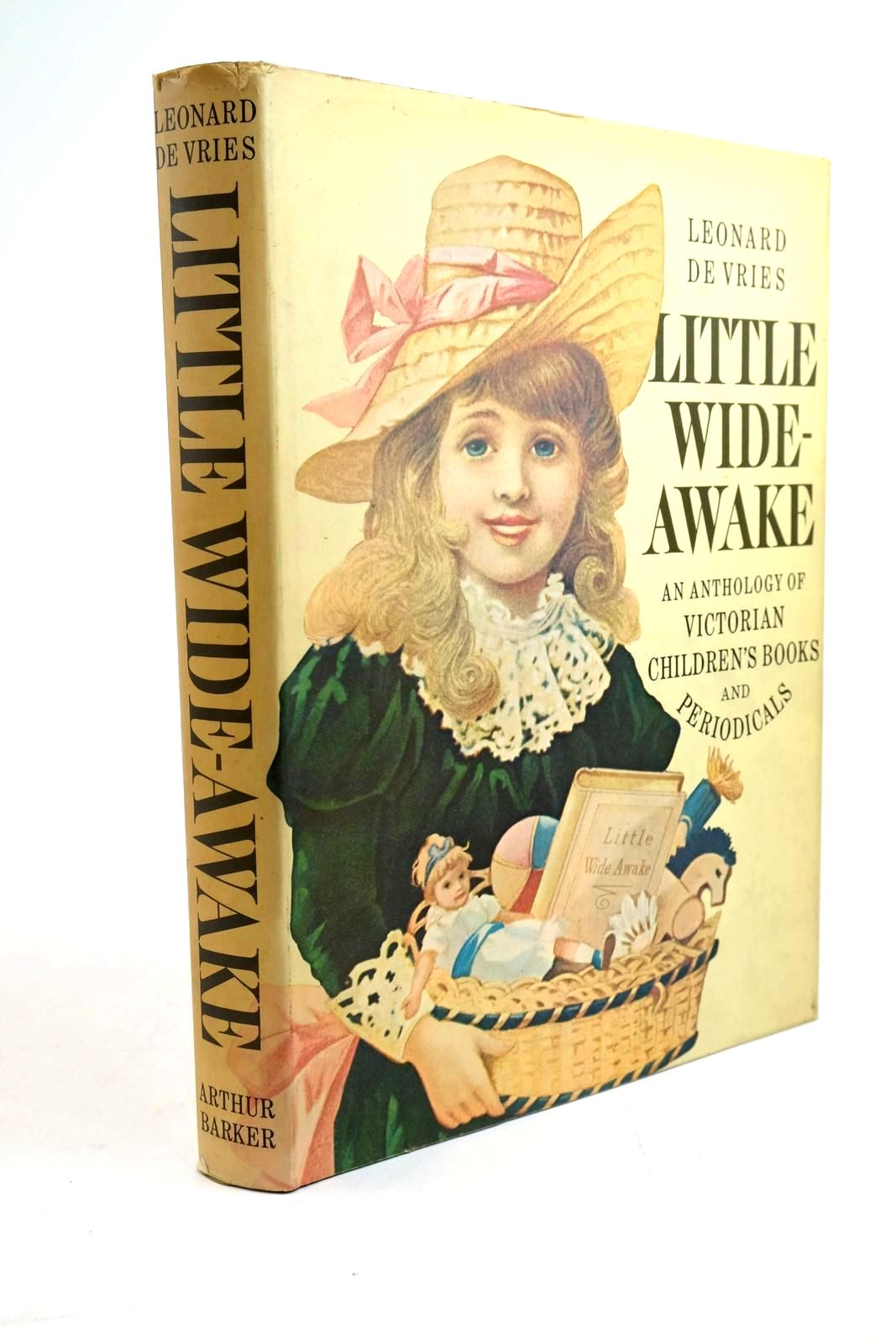 Photo of LITTLE WIDE-AWAKE- Stock Number: 1321471