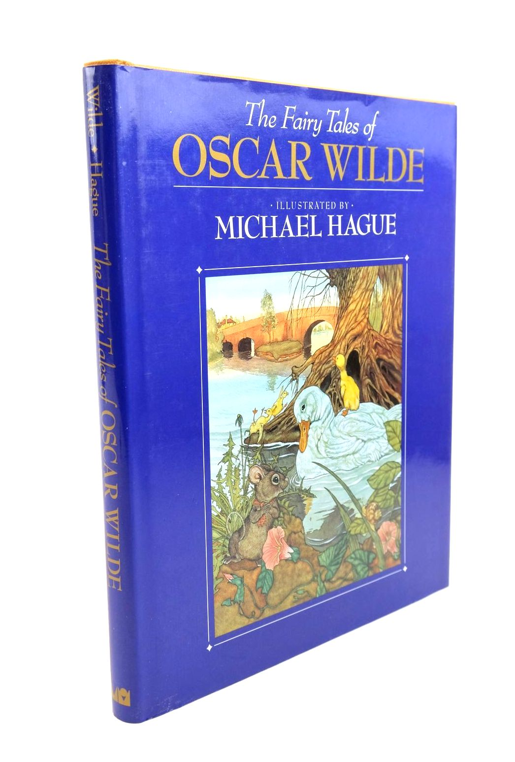 Photo of THE FAIRY TALES OF OSCAR WILDE written by Wilde, Oscar illustrated by Hague, Michael published by Michael O'Mara Books Limited (STOCK CODE: 1321472)  for sale by Stella & Rose's Books