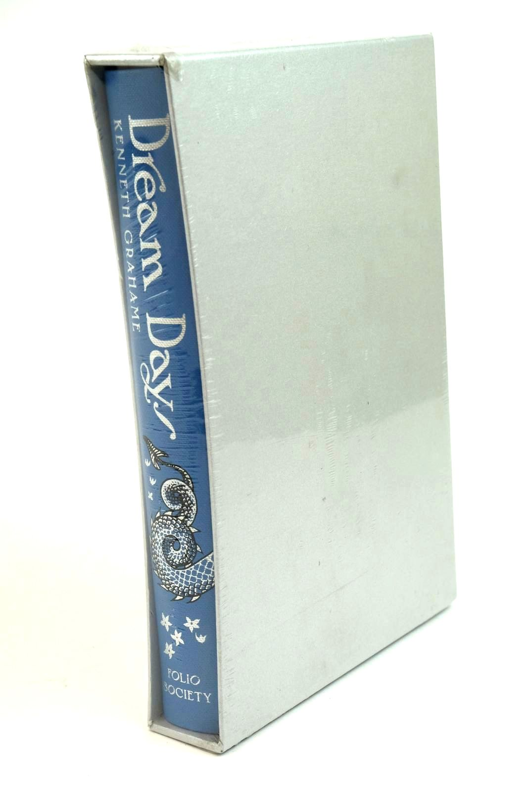 Photo of DREAM DAYS written by Grahame, Kenneth illustrated by McFarlane, Debra published by Folio Society (STOCK CODE: 1321723)  for sale by Stella & Rose's Books