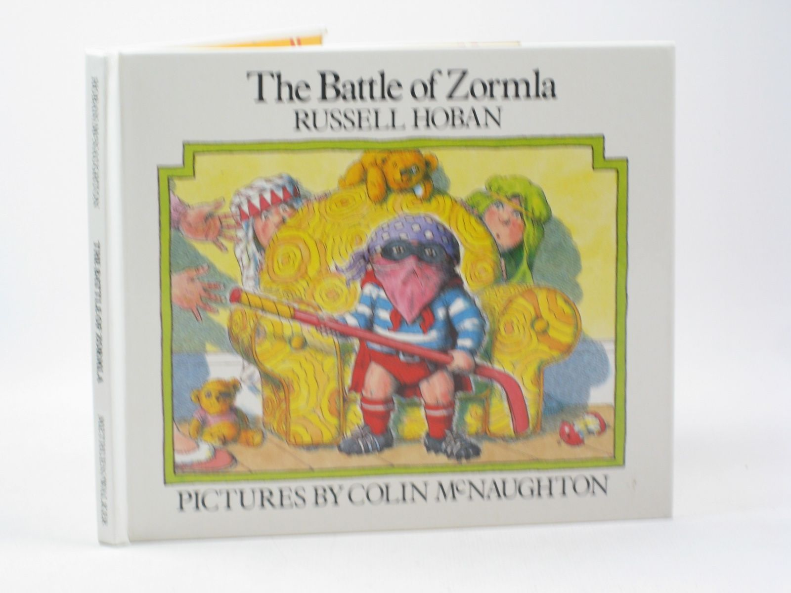 Photo of THE BATTLE OF ZORMLA written by Hoban, Russell illustrated by McNaughton, Colin published by Methuen, Walker Books (STOCK CODE: 1402370)  for sale by Stella & Rose's Books