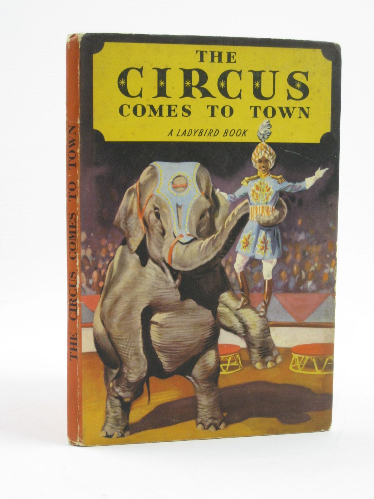 Photo of THE CIRCUS COMES TO TOWN- Stock Number: 1406607
