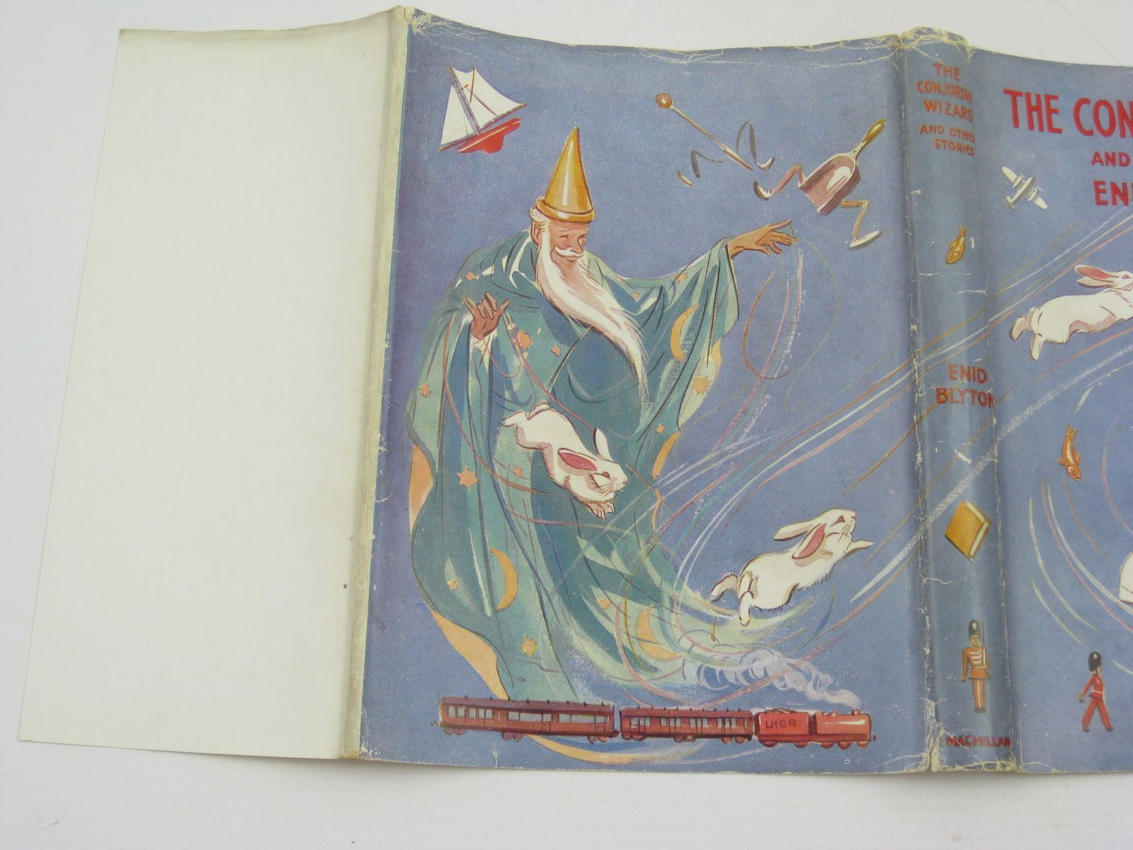 Photo of THE CONJURING WIZARD AND OTHER STORIES written by Blyton, Enid illustrated by Soper, Eileen published by Macmillan & Co. Ltd. (STOCK CODE: 1406994)  for sale by Stella & Rose's Books