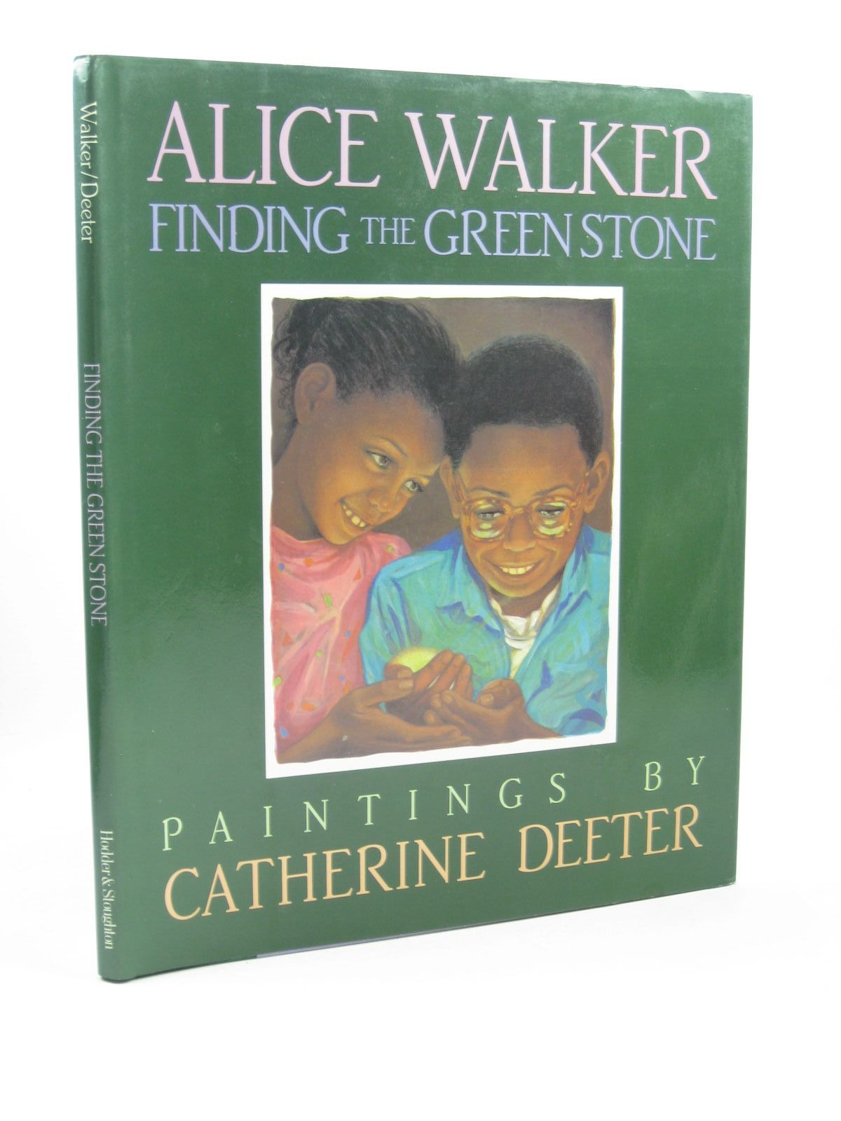Photo of FINDING THE GREEN STONE written by Walker, Alice illustrated by Deeter, Catherine published by Hodder & Stoughton (STOCK CODE: 1502564)  for sale by Stella & Rose's Books