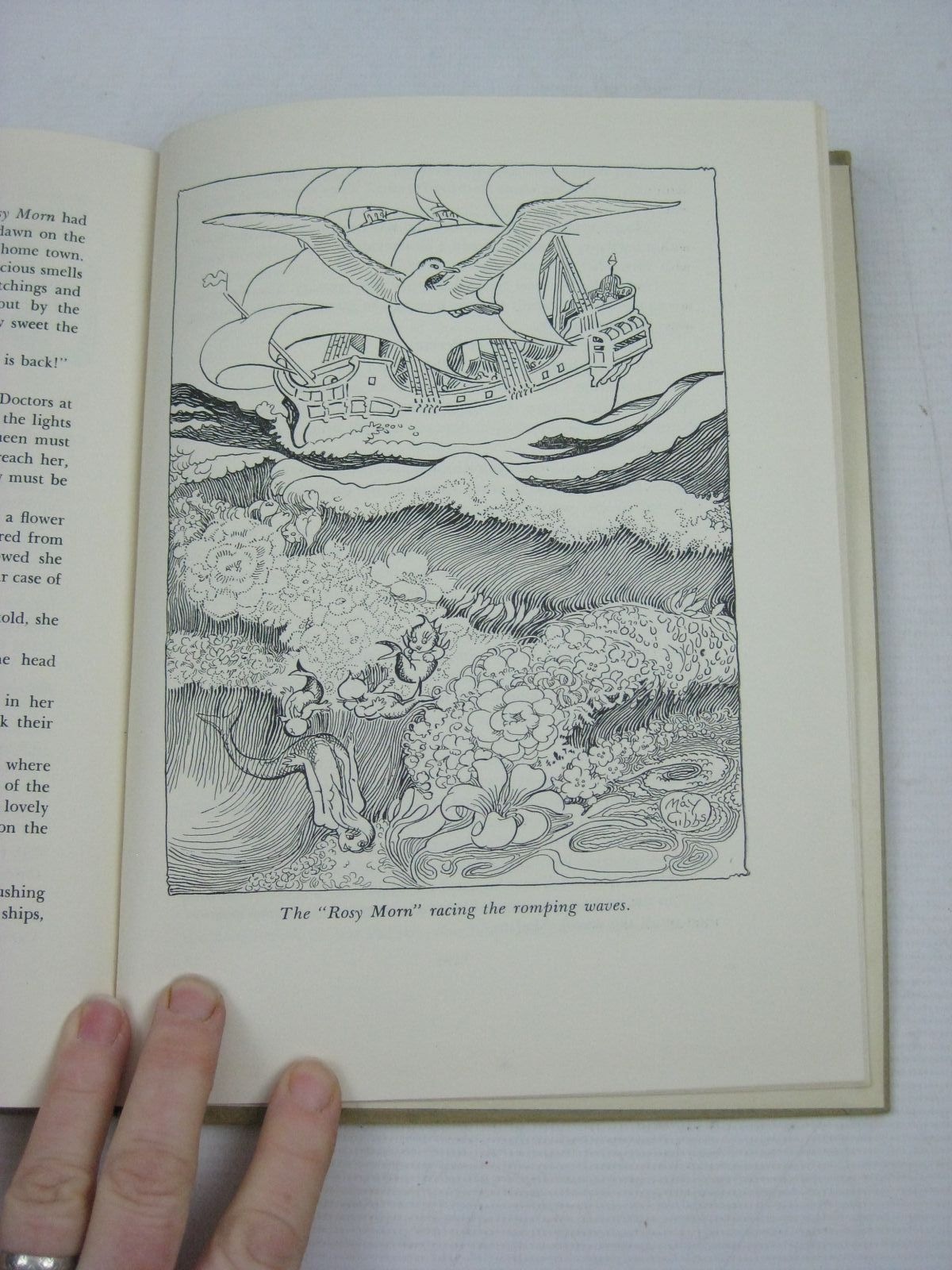 Photo of PRINCE DANDE LION written by Gibbs, May illustrated by Gibbs, May published by Ure Smith (STOCK CODE: 1505079)  for sale by Stella & Rose's Books
