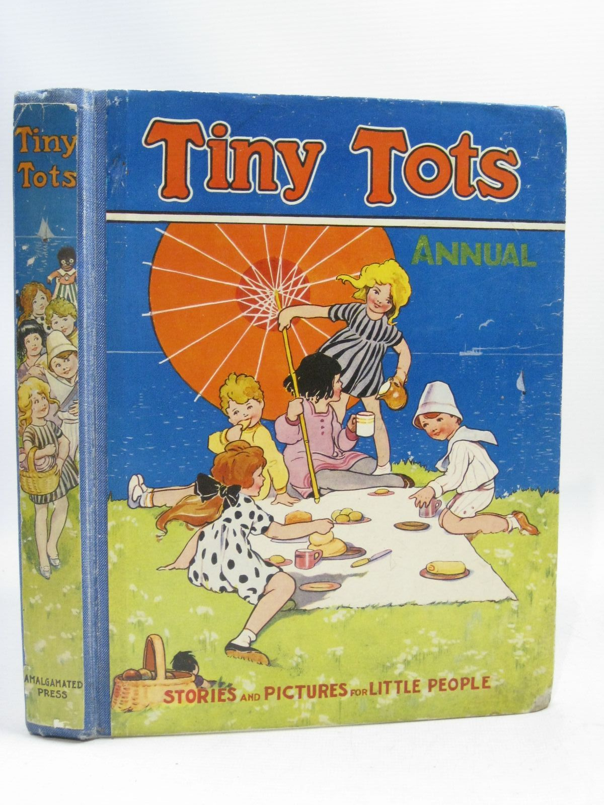Photo of TINY TOTS ANNUAL 1940 written by Macnulty, Dorothy