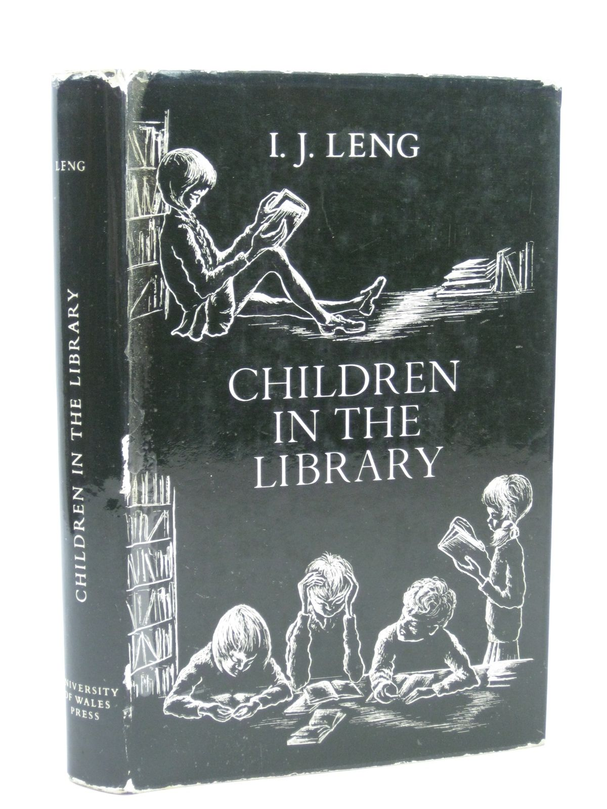 Photo of CHILDREN IN THE LIBRARY written by Leng, I.J. published by University of Wales (STOCK CODE: 1506544)  for sale by Stella & Rose's Books