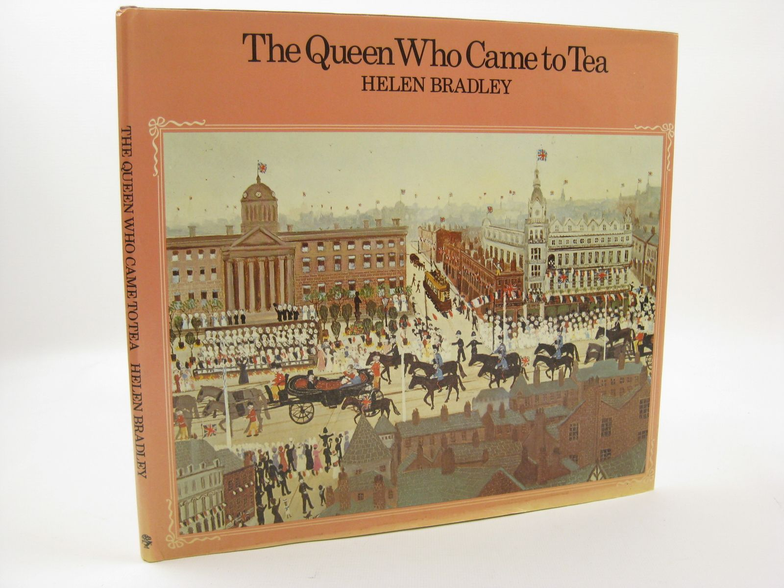 Photo of THE QUEEN WHO CAME TO TEA written by Bradley, Helen illustrated by Bradley, Helen published by Jonathan Cape (STOCK CODE: 1507704)  for sale by Stella & Rose's Books