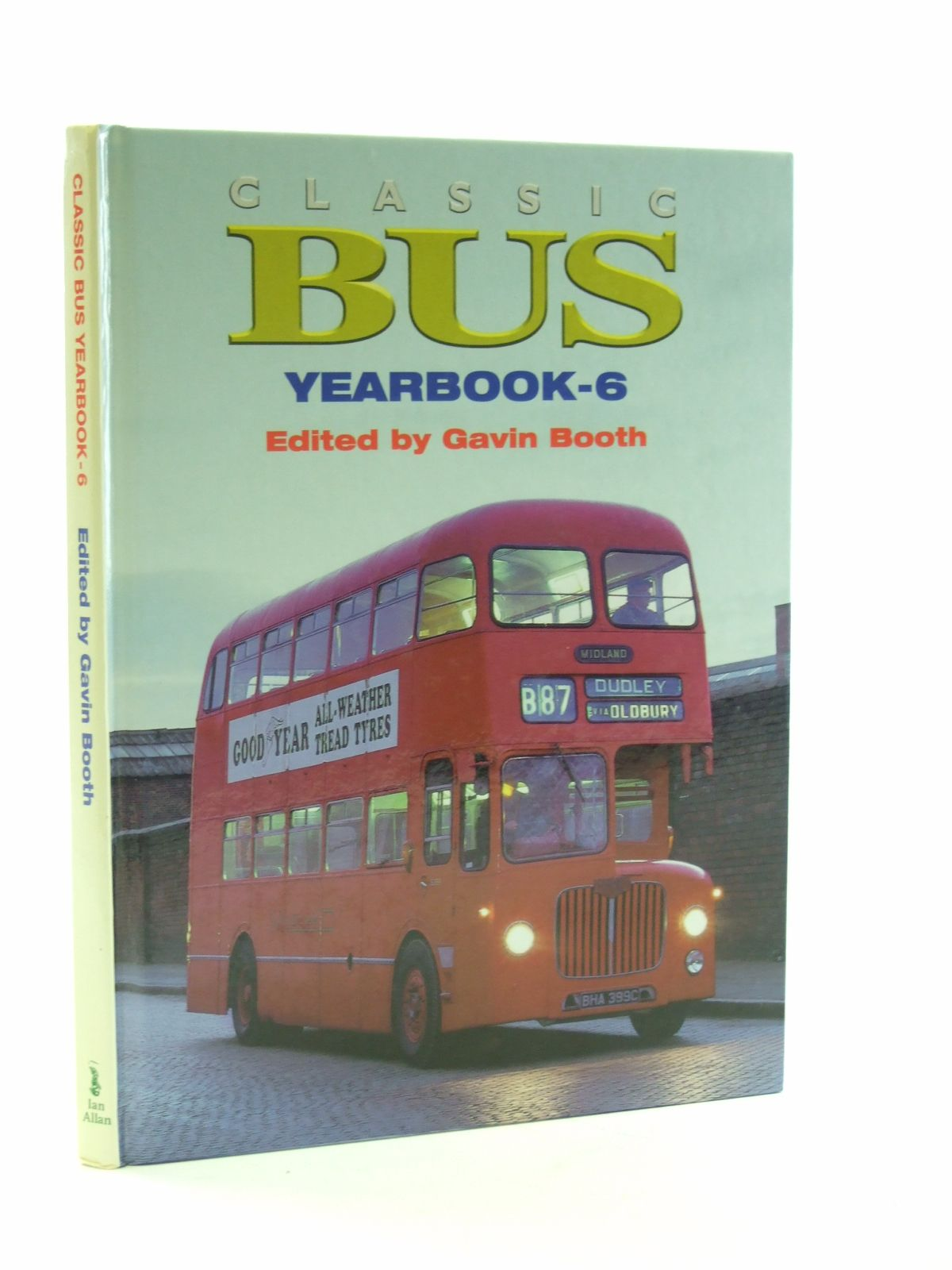Photo of CLASSIC BUS YEARBOOK-6- Stock Number: 1603352