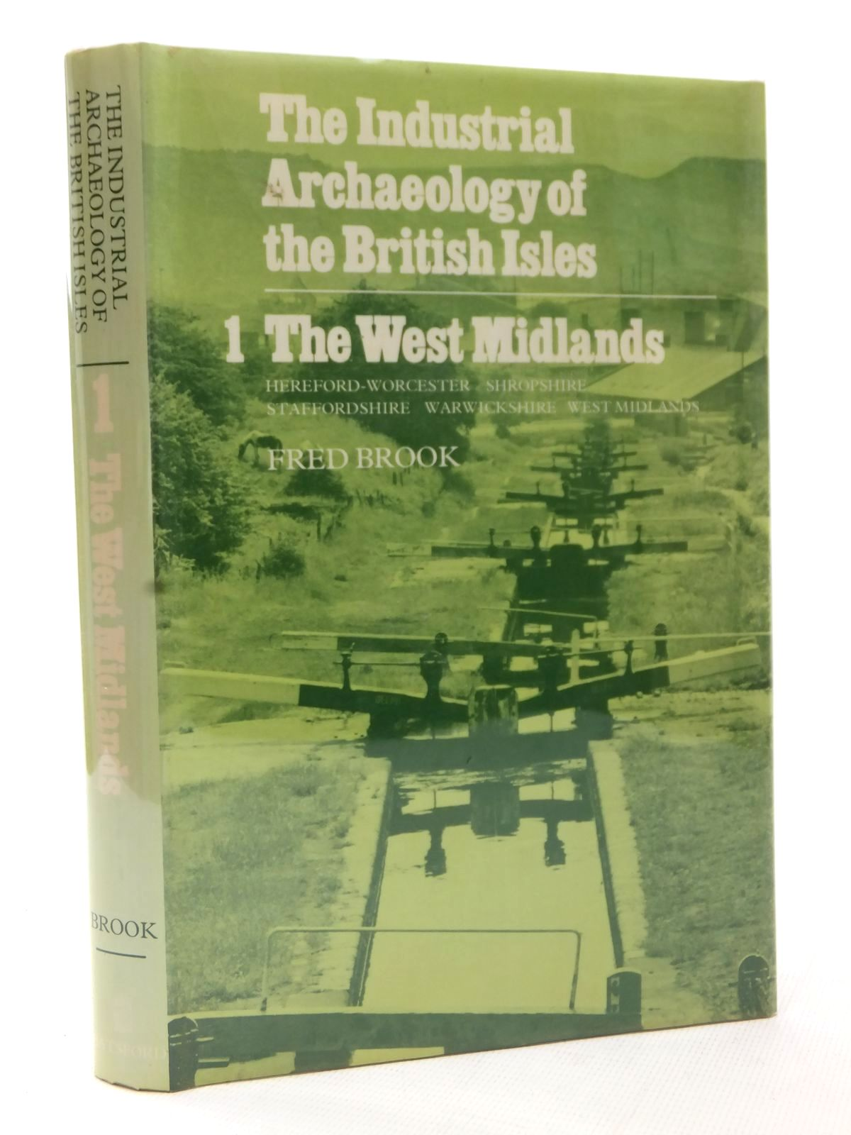 Photo of THE INDUSTRIAL ARCHAEOLOGY OF THE BRITISH ISLES 1 THE WEST MIDLANDS- Stock Number: 1609365