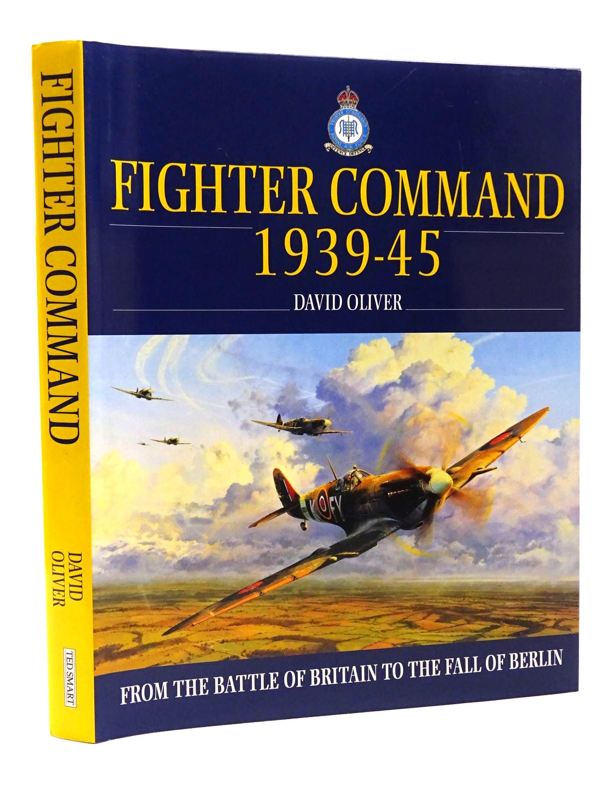 Photo of FIGHTER COMMAND 1939-1945 written by Oliver, David published by Ted Smart (STOCK CODE: 1610215)  for sale by Stella & Rose's Books